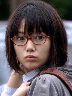 ショートカット 眼鏡 女の子