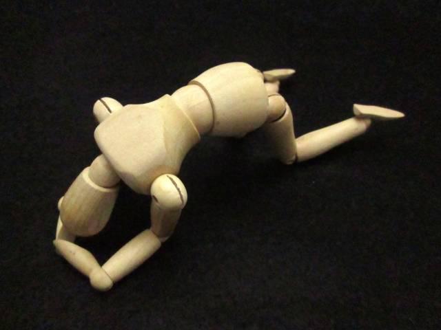 絶望する人形